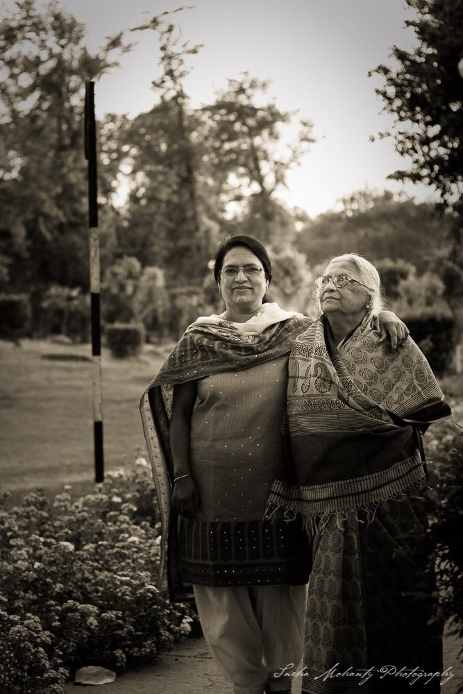 Aai and Bada Apa Family 4