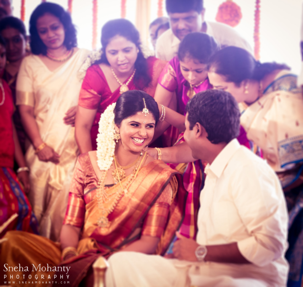 Candid photography shot at malayali wedding ceremony
