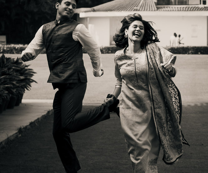 Candid Wedding Photographer Delhi | Shweta and Apoorv Roka in Chandigarh!